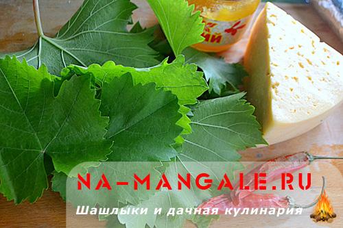 suluguni-v-vinogradnih-listah-1