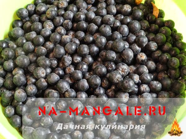 varenie-cernoplodka-01