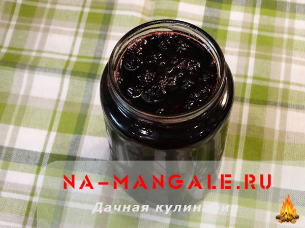 varenie-cernoplodka-08