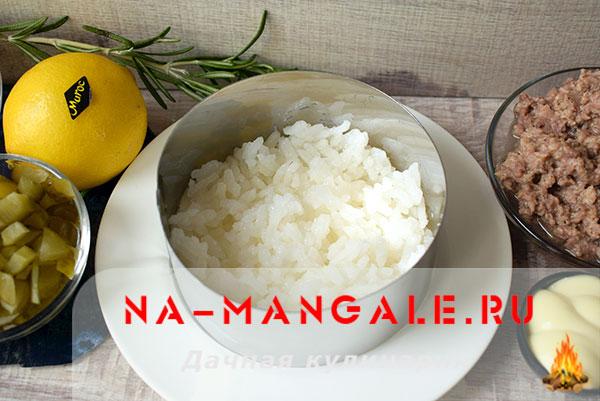 как приготовить салат из кукурузы и риса