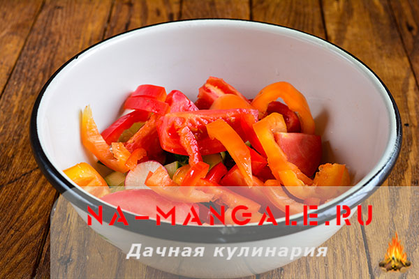 рецепты салатов из креветок кедровыми орешками