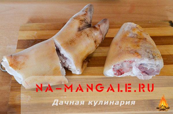 holodec iz nozhek 02 - Холодец из свиных ножек и курицы на плите – домашний рецепт