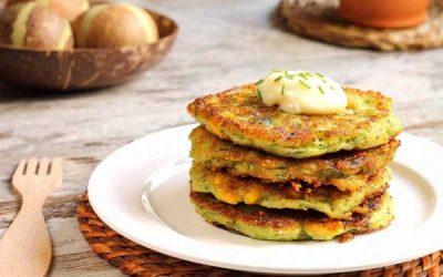 Оладьи из кабачков с сыром: рецепты с чесноком и зеленью, колбасой или картошкой