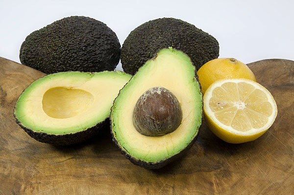 Как правильно хранить авокадо в домашних условиях: советы и рекомендации