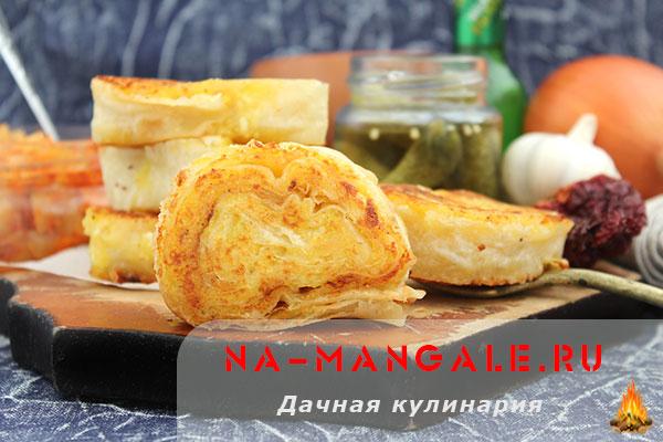 Картофельное пюре с сыром в лаваше