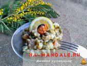 Миниатюра к статье Лучшие рецепты салатов с копченым кальмаром