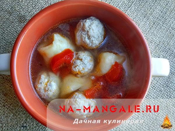 Суп с тортеллини и фрикадельками