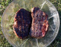 Стейки из говядины