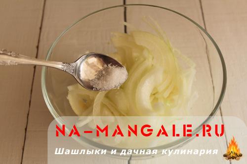 marinovanniy-luk-k-shashliku-2