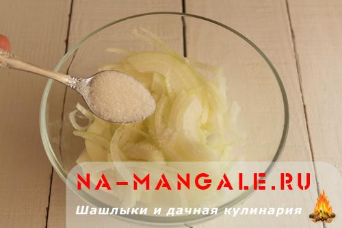 marinovanniy-luk-k-shashliku-3