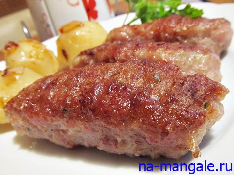 Мясные колбаски