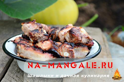Свиные ребрышки с медом на гриле - рецепт