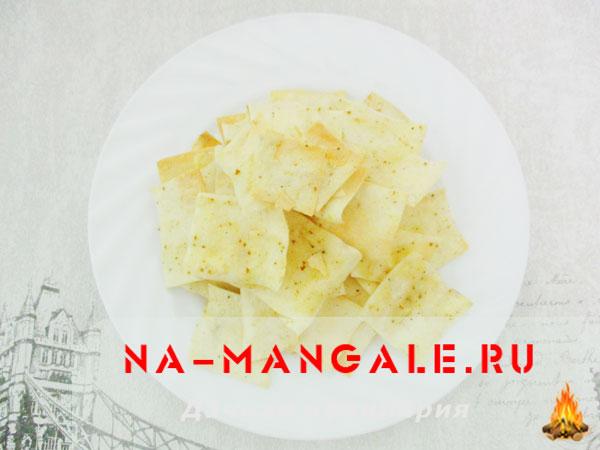 Как сделать чипсы из тонкого лаваша в домашних условиях