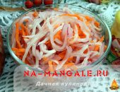 Дайкон с морковью