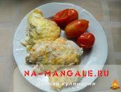 Миниатюра к статье Куриное филе в сырном кляре на сковороде и в духовке
