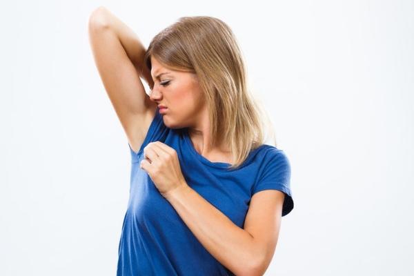 Запах чесноком при каком заболевании. Как избавиться от запаха чеснока изо рта