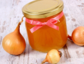 Мед с луком для очищения сосудов