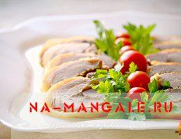 Вкусные рулеты с начинкой из мяса индейки