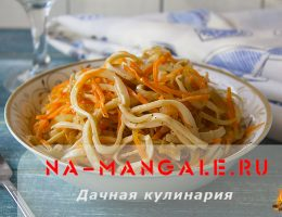 Вкусные салаты на основе морковки по-корейски и кальмаров